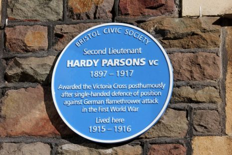 Blue Plaque to Hardy Falconer Parsons
